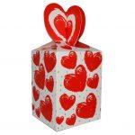 Подарочная коробка с сердечками для чашки